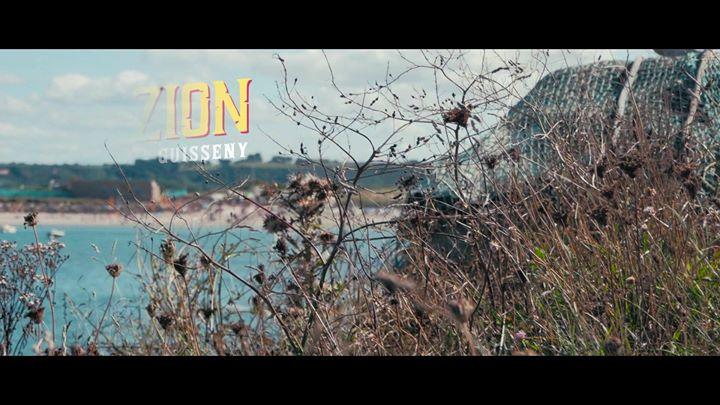 9ème éditions du Festival Ker-Zion. Cette année,  les marabouts s'invitent sur les dunes du Curnic à Guissény avec la venue exceptionnelle de LA YEGROS...